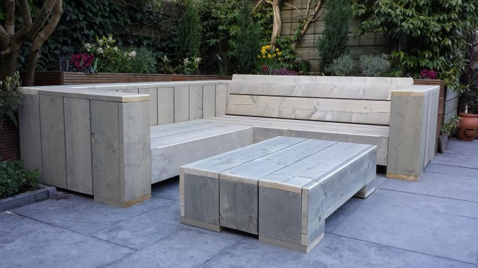 Voorbeelden zelfgemaakte meubels pagina 3 van 8 for Steigerhout hoekbank bouwtekening